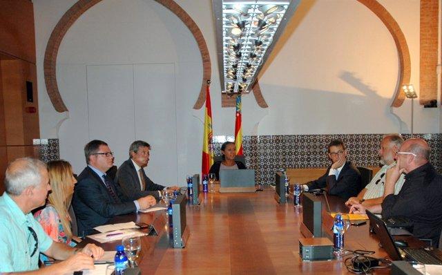 Reunión De Johnson Con El Sector Turístico De Valencia