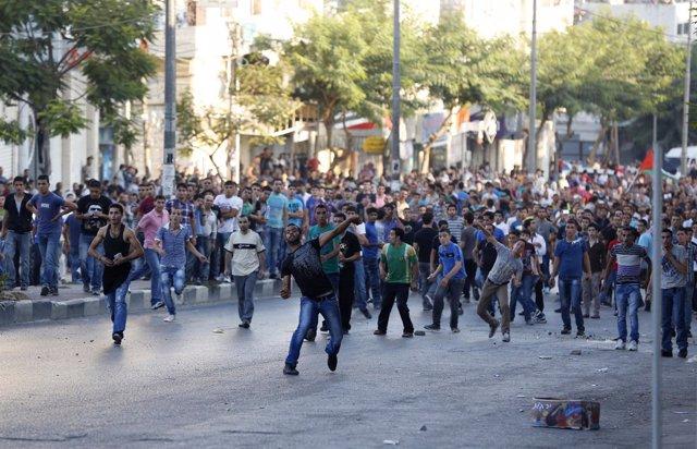 Manifestación contra el alza del precio de los alimentos en Cisjordania