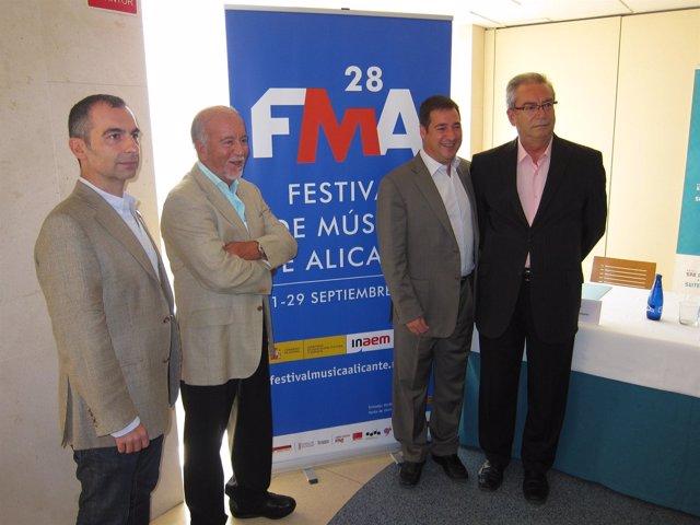 Antonio Garde, junto a Miguel Valor, J. Bautista Roselló y Francisco Cánovas