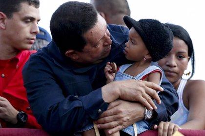 """Chávez pide el voto para evitar una """"guerra civil"""" en Venezuela"""