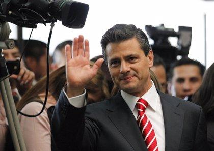Peña Nieto propone ampliar controles de transparencia en México