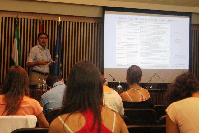 El profesor del Centro Nacional de Biotecnología del CSIC Juan Ortín