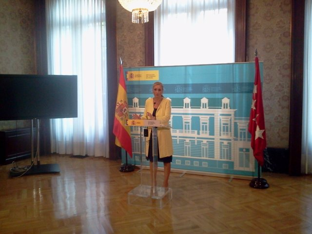Cristina Cifuentes, durante la rueda de prensa