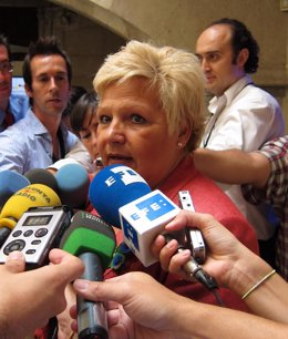 Pedraza (AVT) Atiende A Los Medios