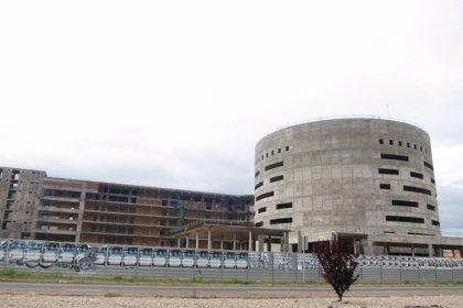 """CCCOO contesta a Echániz que el futuro hospital de Toledo """"tenía garantizada su financiación"""""""