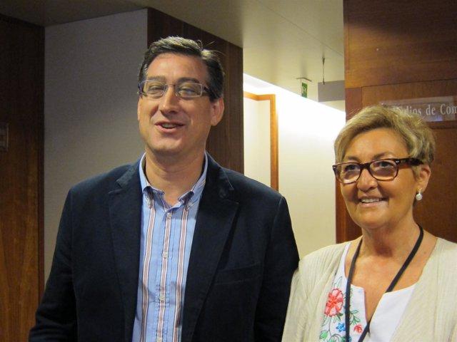 Ignacio Prendes (Upyd) Y Rosa Suárez (Afas), Antes De Mantener Una Reunión