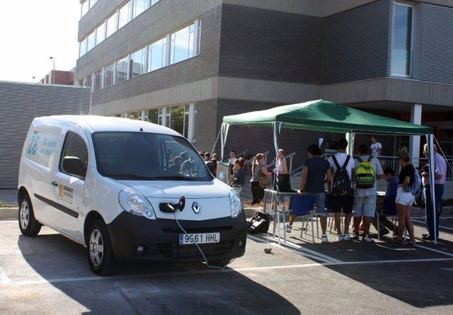 UV Utiliza El Vehículo Eléctrico Para La Distribución Del Correo En Sus Campus