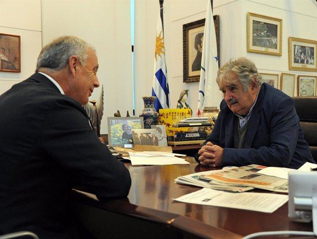 El Lider Del Psdeg, Pachi Vázquez, Se Reune Con El Presidente Uruguayo, Mujica