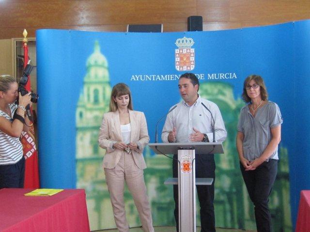 El concejal de Cultura, Rafa Gómez, en la presentación