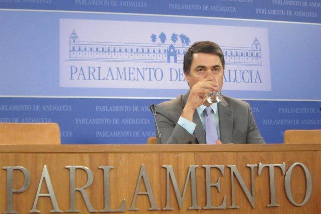 Carlos Rojas, hoy en rueda de prensa