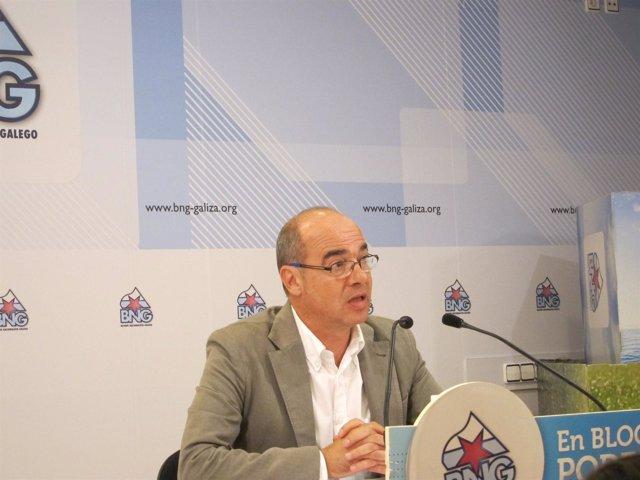 El candidato del BNG a la Xunta, Francisco Jorquera, en rueda de prensa