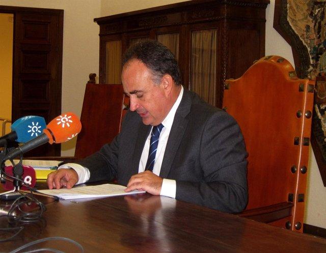 Manuel Romero Ortiz, En Rueda De Prensa