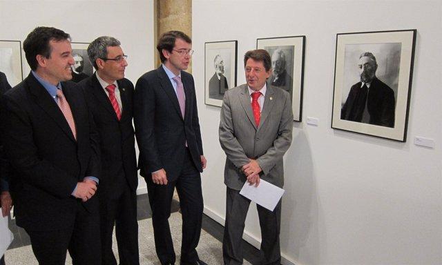 Inauguración de la exposición sobre la vida de Miguel de Unamuno.