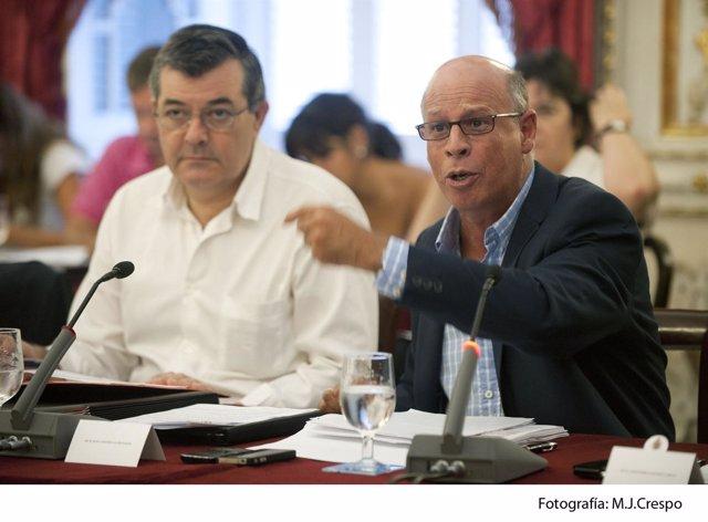 Juan Antonio Liaño (Dcha) Diputado De Hacienda