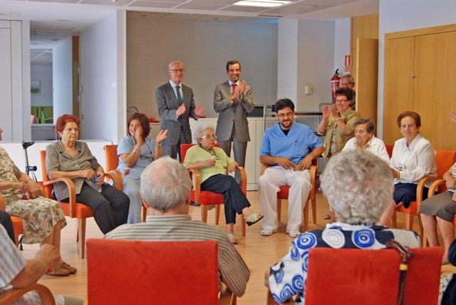 Encuentro de mayores con Concejal Presidente Distrito Latina D José Manuel Berza