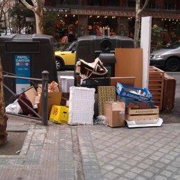 basura residuos calle contenedores