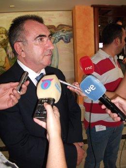Manuel Campos