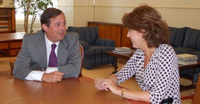 Barcina con el secretario de Estado de Medio Ambiente.