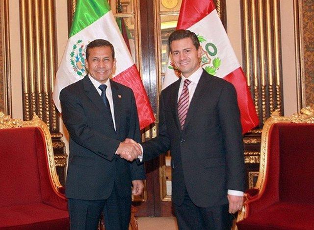 El presidente de Perú y el presidente electo de México.