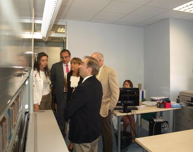 Rosado Visita La Nueva Unidad De Investigación Clínica Del General De Valencia
