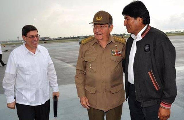 El presidente cubano, Raúl Castro, y el boliviano, Evo Morales.