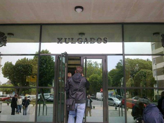 Exterior de los juzgados de Lugo