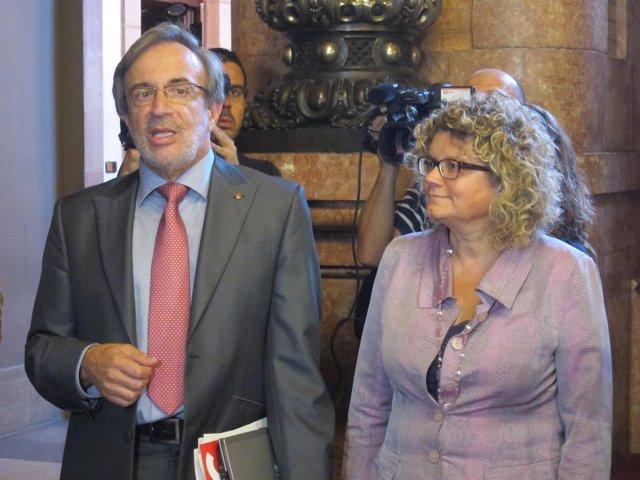 X. Sabaté, presidente del grupo parlamentario del PSC y la diputada  M.Geli