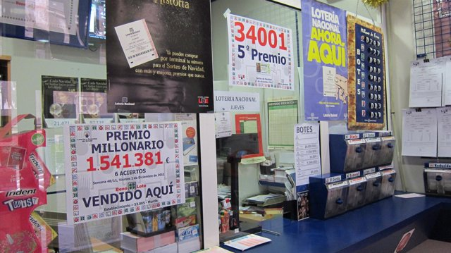 Una De Las Administraciones De Murcia, Agraciada Con Un Quinto Premio