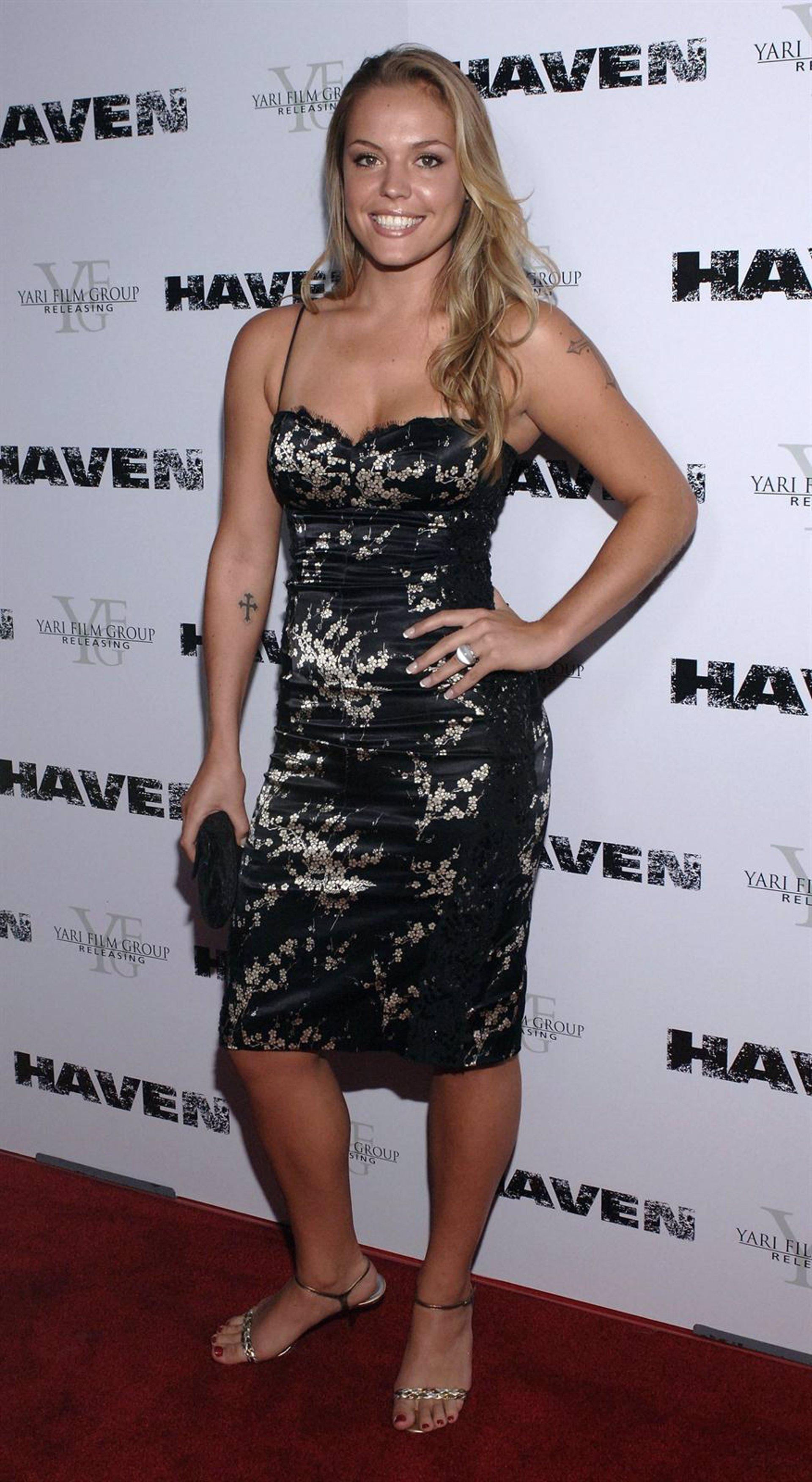 picture Lauren Harris (born 1984)