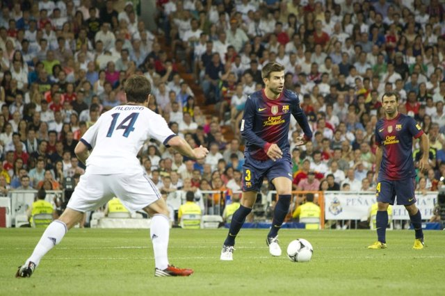 Alonso Real Madrid Piqué Barcelona Super Copa