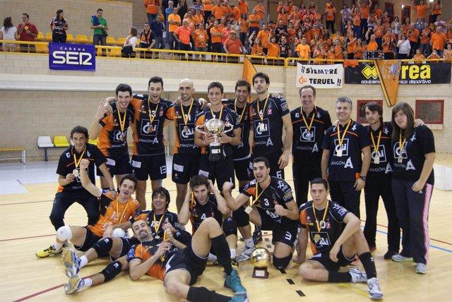 El CAI Voleibol Teruel, campeón de la Supercopa