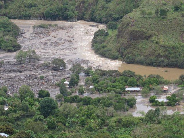 Áreas Rurales Del Departamento De Huila, Afectadas Por La Riada
