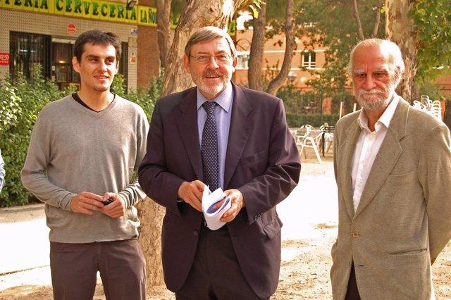 Jaime Lissavetzky en una visita a Villaverde