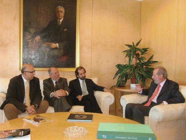 Villalobos con los representantes de Bogotá.