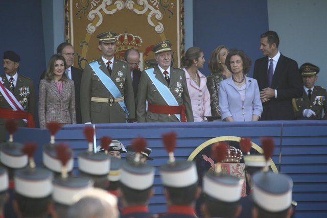 Desfile De La Fiesta De La Hispanidad