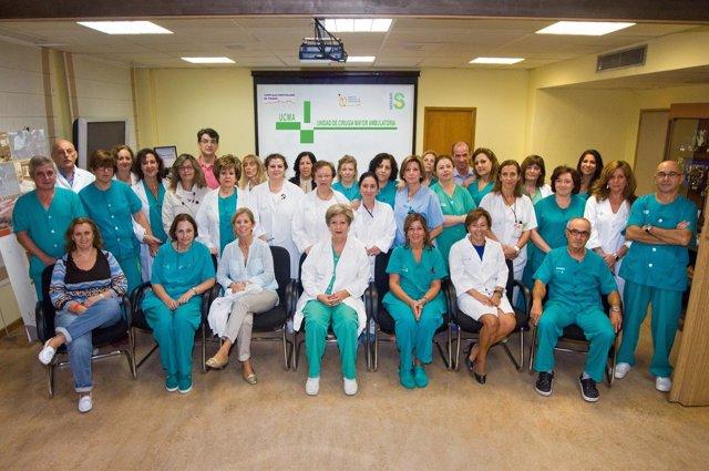Profesionales de la Unidad de Cirugía Mayor Ambulatoria (UCMA) del Complejo Hosp