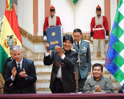 Bolivia.- Morales promulga la Ley de la Madre Tierra, primera norma jurídica para proteger el medio ambiente