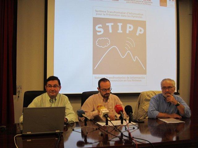 Amadeo Uriel (AEMET), Sergio Mayo (ITA) y Bernard Comet (MEDES).
