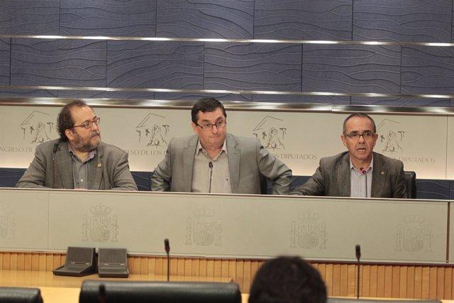 Chesús Yuste (CHA), José Luis Centella (IU) Y Joan Coscubiela (ICV)