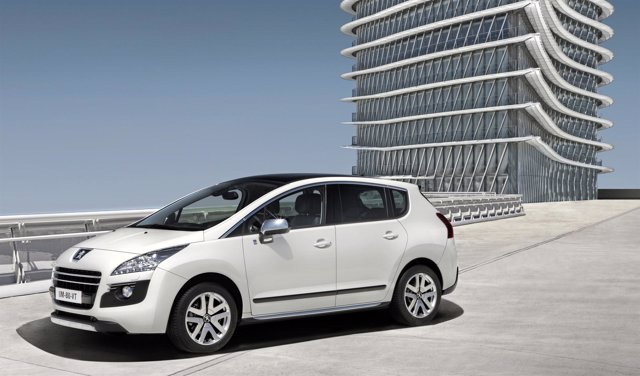 Edición limitada del Peugeot 3008 HYbrid4