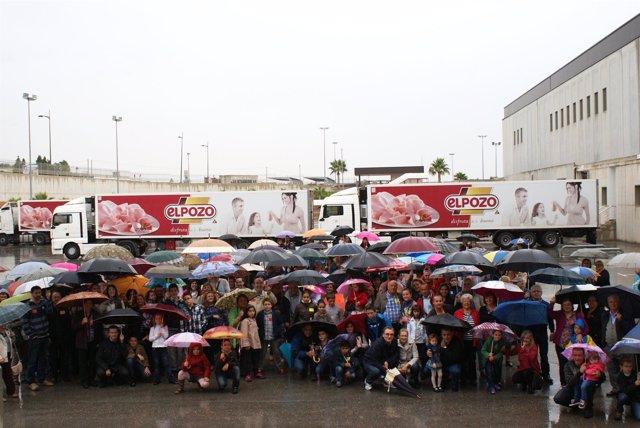 La Asociación de Celiacos visita las instalaciones de ElPozo