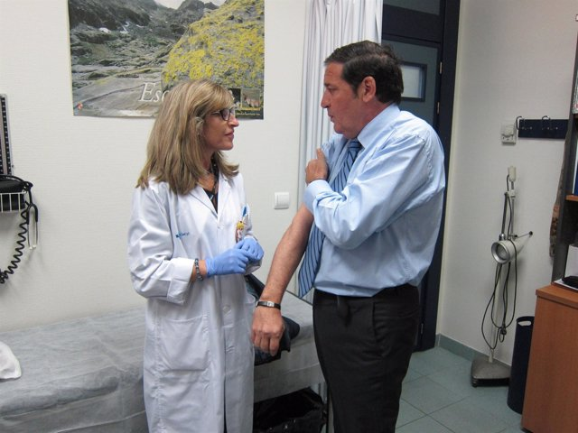 Sáez Aguado tras vacunarse contra la gripe
