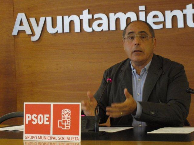 Domingo Dorado, durante la rueda de prensa