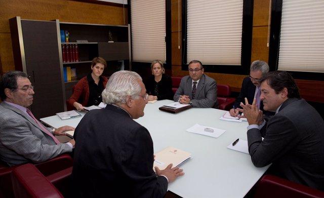 Reunión de Javier Fernández con AFAS