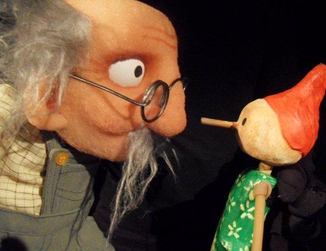 La obra Pinocho y medio, en Festival Internacional del Teatro de Títeres