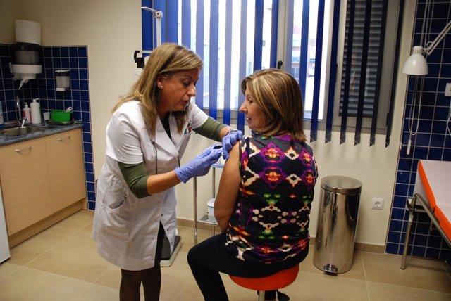 Palacios se pone la vacuna contra la gripe
