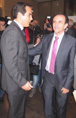 Nieto con el consejero de Turismo en un acto en Córdoba