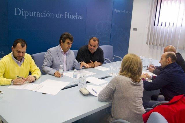 Comisión de trabajo en la Diputación de Huelva.
