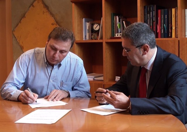 Firma convenio Alberite