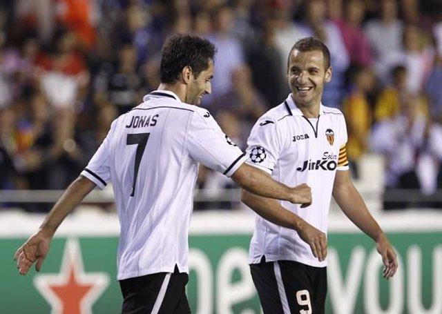 Jonas y Soldado Valencia C.F.